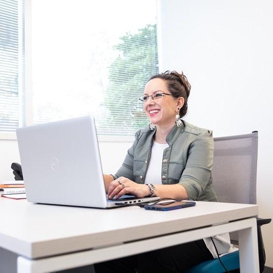 Jen on Computer